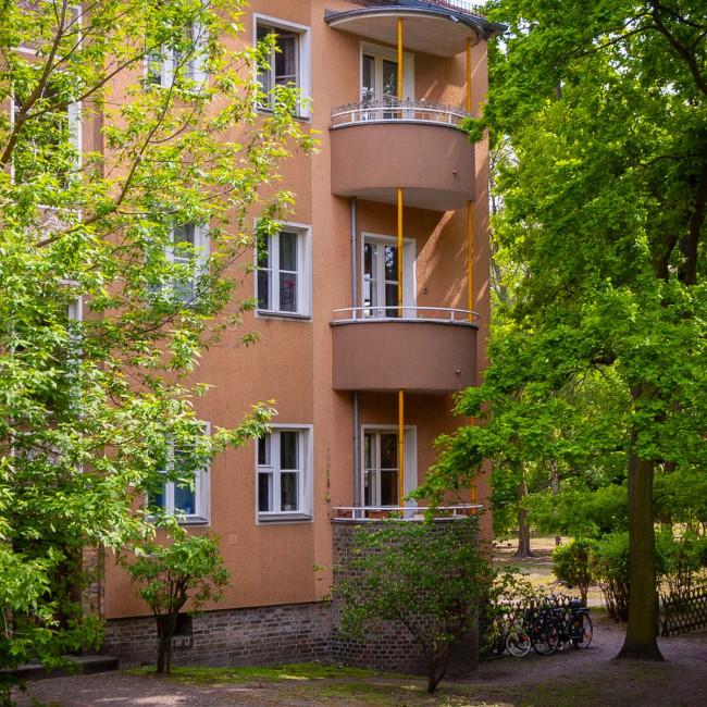Blick auf die Balkone der Zeilen von Hans hertlein von 1934