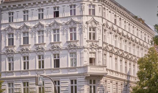 Mann mit Hut Touren - Diverse Thementouren, Stadtführungen und Architekturführungen zur Historie von Charlottenburg.