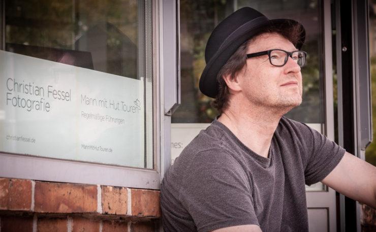 Portrait vom Mann mit Hut